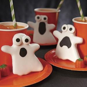 biscotti fantasma con occhi di zucchero